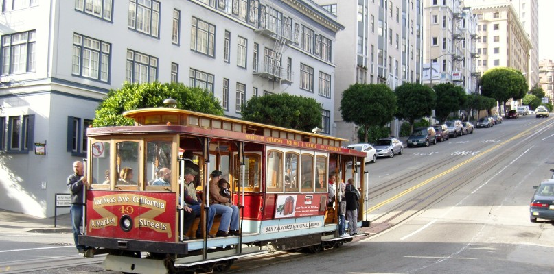 Multimodal Transit Dials Down the Need for Cars in Cities